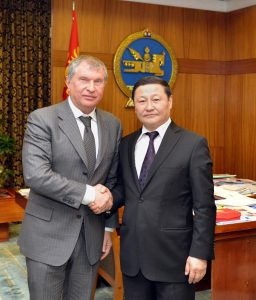 Igor Sechin, President of the Russian oil conglomerate Rosneft, meets with Mongolian Prime-Minister Altankhuyag in Ulaanbaatar in March 2014.