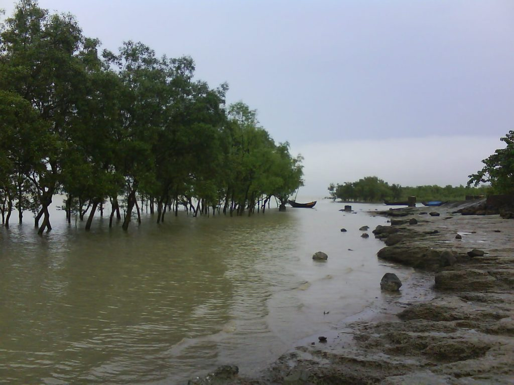 The River Naff and an area in Teknaf from where the refugees leave Bangladesh towards other destination in Southeast Asia (Credit: Kazi Fahmida Farzana).
